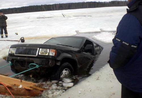 rescatando-carro-ahogado-06