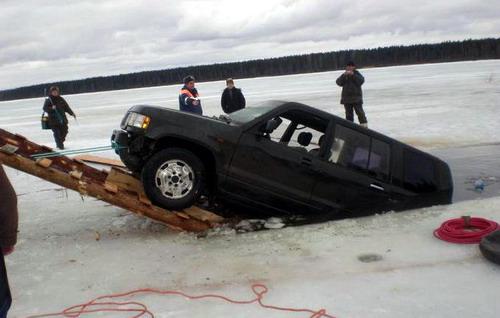 rescatando-carro-ahogado-07