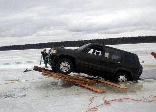 rescatando-carro-ahogado-08