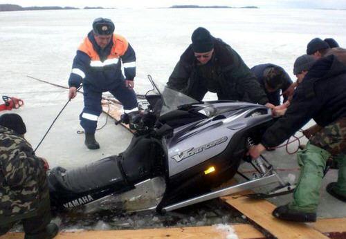 rescatando-carro-ahogado-13